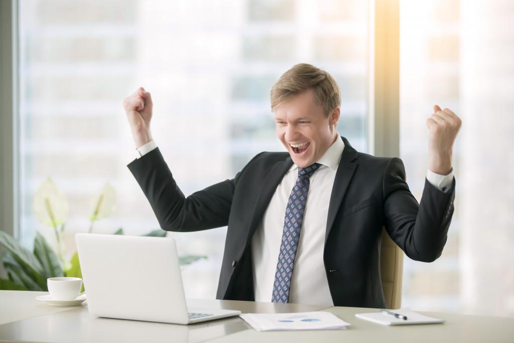 employee celebrating hire